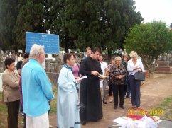 2009-maio-visita-cemiterio (12)