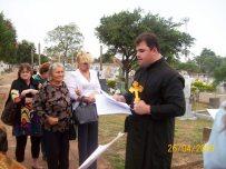 2009-maio-visita-cemiterio (13)