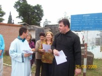 2009-maio-visita-cemiterio (14)