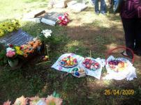 2009-maio-visita-cemiterio (4)